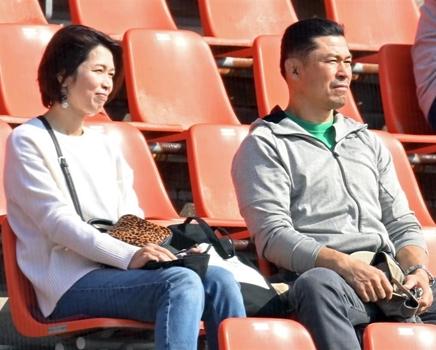 佐藤輝明の両親